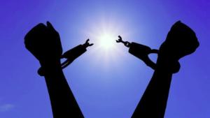 Le Seigneur libère ceux qui le craignent – Homélie du Lundi de la 13è Semaine du Temps ordinaire, 29.06.2020 Année A