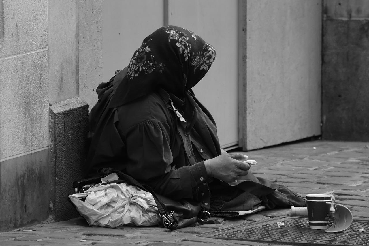 L'homme de bien a pitié, il partage – Homélie du Lundi de la 19è semaine du Temps ordinaire, 10.08.2020 Année A